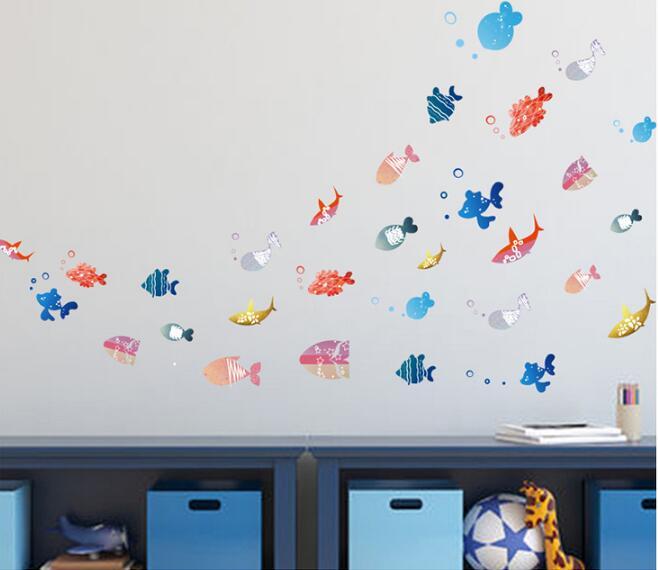 Procurando Nemo Sob O Tubarão Do Mar Peixes Dos Desenhos Animados 3D À  Prova Du0027