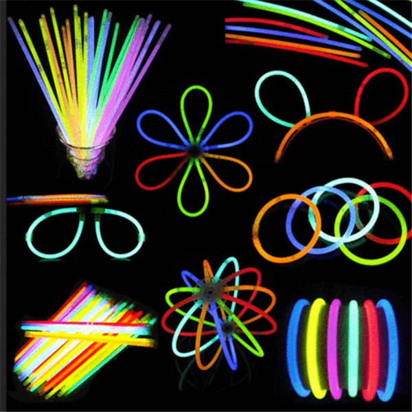 100 Pcs Glow Sticks Bracelets Necklaces Neon Colors Party Favors Disco Rave