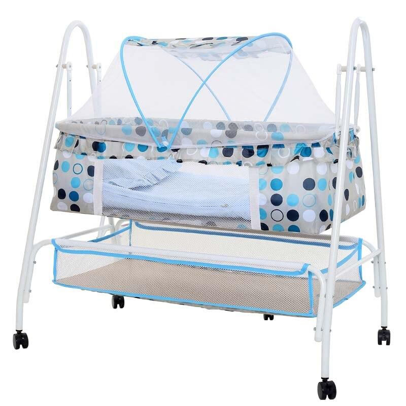 Lit de berceau de bébé, lit à bascule multifonctionnel de bébé, balançoire de hamac de bébé avec 4 roues, berceau de bébé avec la moustiquaire
