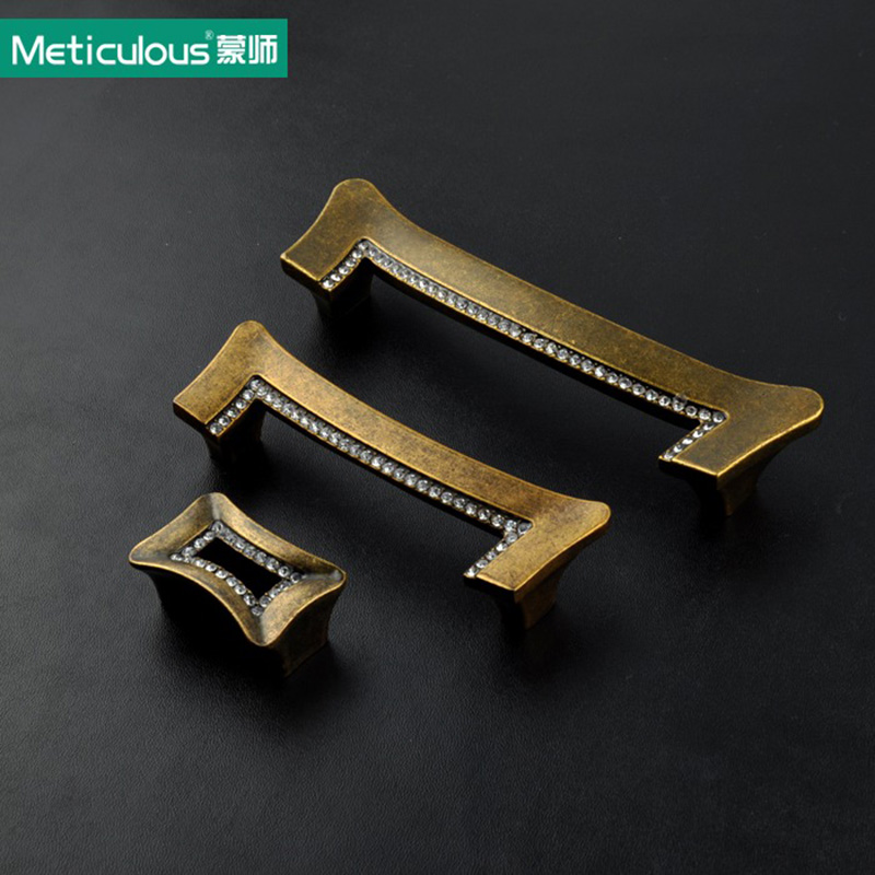Meticulous Square Clear Crystal Rhinestone Furniture Door Wardrobe Cupboard Cabinet Drawer Pull Handle Kitchen Knobs