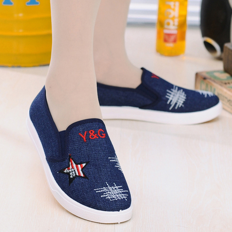 2016 Spring Autumn Flat Canvas Shoes Women New Fashion Star Jeans Embroidered Shoes Elastic Band Loafer Shoes Blue 2016 spring autumn europe china style new tide men canvas casual shoes blue black letters print sewing elastic band flat shoes