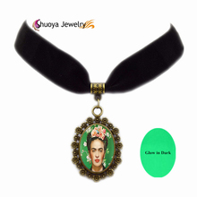 Glow In Dark Glass Necklace Frida Kahlo B&M 2016 New Vintage Oval Antique Copper Glass Short Necklaces For Women Cheap