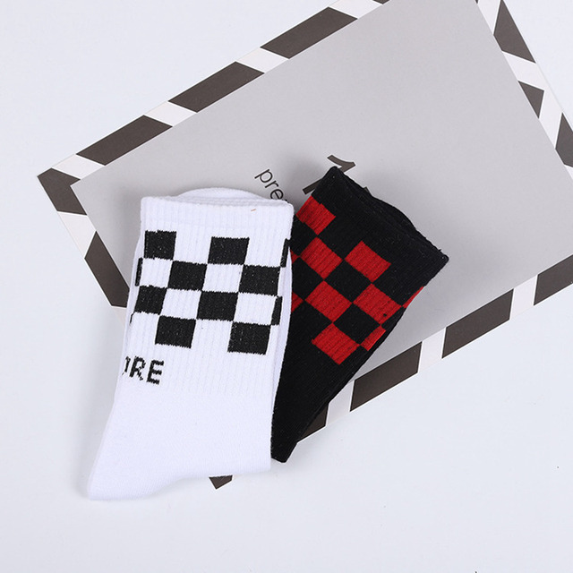 2Pairs Off White Skateboard Socks Mens Chinese Letter Art Socks Male Hipster Harajuku Men Cotton Short Happy Socks Funny Sox