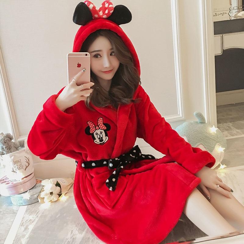 2018 Neue Winter Frauen Rot Roben Cartoon Süße Nachthemden Homewear Korallen Samt Bademantel Pyjamas Bad Flanell Warme Robe Nachtwäsche