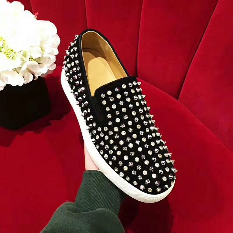 Hanbaidi Studs Red Bottom Loafers Men Flats With Spikes Zapatos Hombre Rivet Red Suede Slipper Shoes Mens Wedding Dress Shoes hot sales new fashion dandelion spikes mens loafers high quality suede black slip on sliver rivet flats shoes mens casual shoes