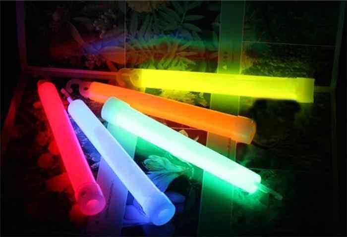 Hot 1 sztuk Party ceremonia Glow Sticks koncert wokalny świecący kijek odkryty Camping awaryjne chemiczne światło fluorescencyjne losowe