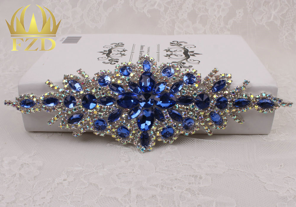 (30pieces) Wholesale Hotfix AB Crystals Royal Blue Color Rhinestone Sequin  Applique for Garment Dresses Headband Bridal Garters-in Rhinestones from  Home ... 1325e5b88007