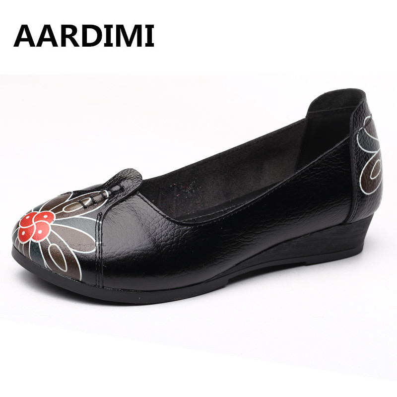 New arrival vintage autumn women flats shoes 3 colors genuine leather casual shoes women round toe flat with women's loafers vintage embroidery women flats chinese floral canvas embroidered shoes national old beijing cloth single dance soft flats
