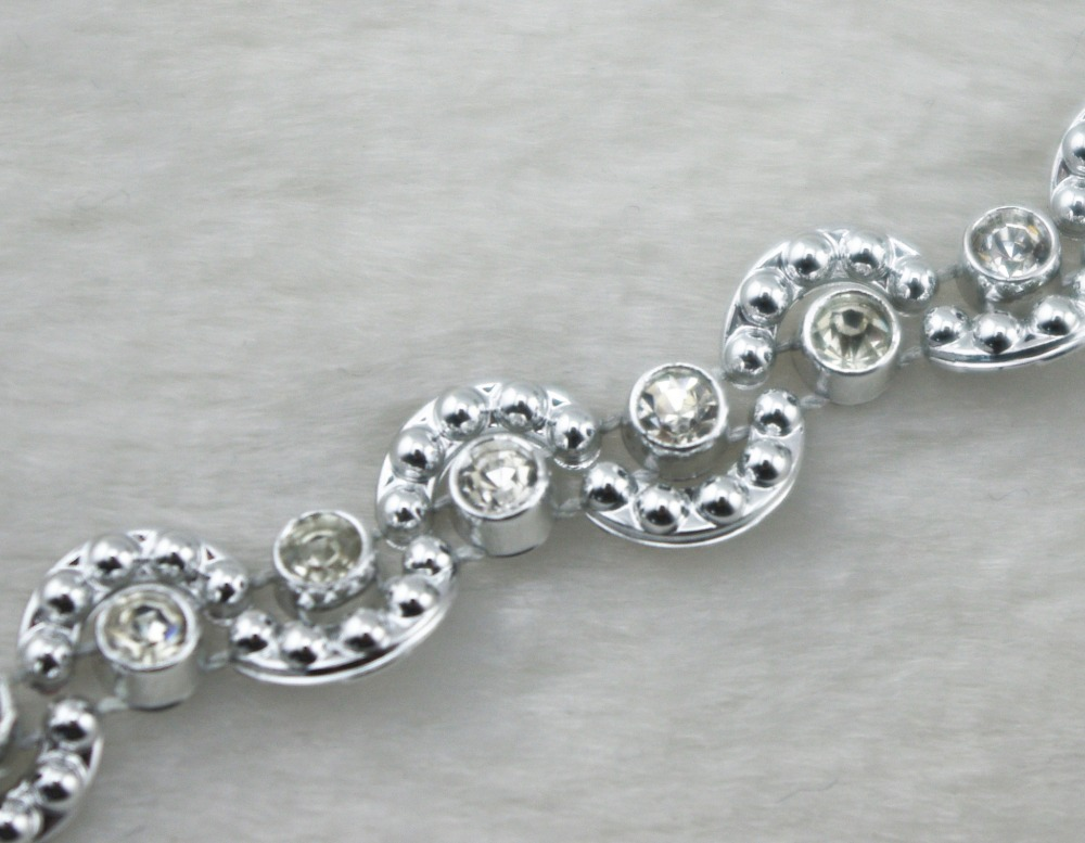8mm Silver Moon Pearl And Rhinestone Chain Sewing Trims Cake Decoration  LZ164-in Rhinestones from Home   Garden on Aliexpress.com  cfbd3114d3e7