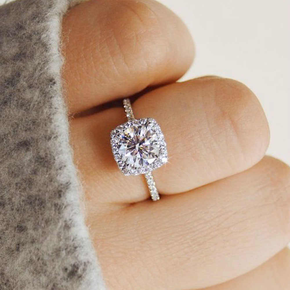 1 Pcs 2020 Fashion Exquisite Halo Cushion Cut White Gold White