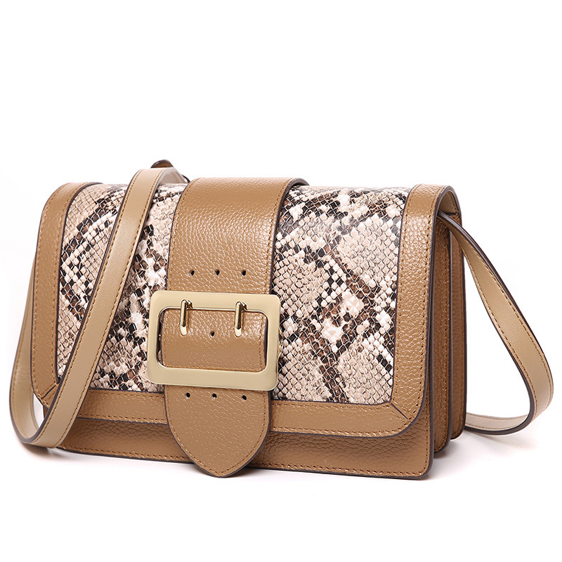 2018 new women's small square package Europe and the United States serpentine leather shoulder bag handbag shoulder diagonal the new winter handbags in europe and the tide crocodile grain female bag brand shell package one shoulder inclined shoulder bag