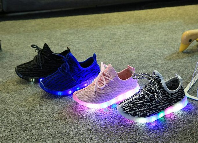 Us 541 35 Off2019 New Light Up 4 Colors Led Sports Kids Shoes Autumn Children Casual Boys Lace Up Fashion Shoes Rubber Bottom 1 8 Years In