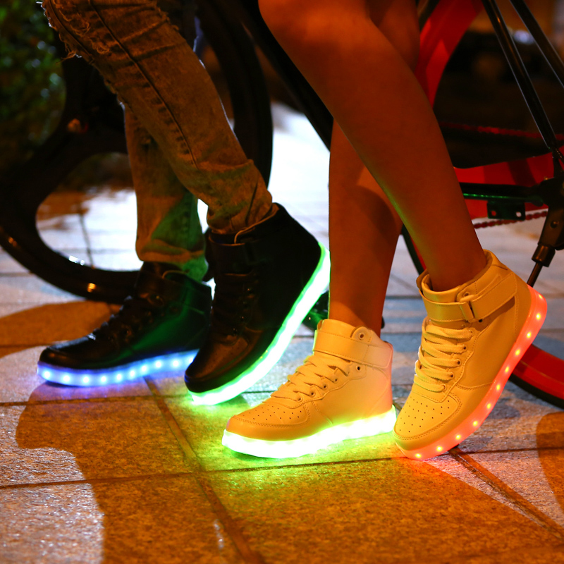 uk availability b58ee 94d1d ... Online Shop Colorful Luminous Light Up Led Shoes Femme Laser Online or  Flashlight Chaussure Trainers for ...