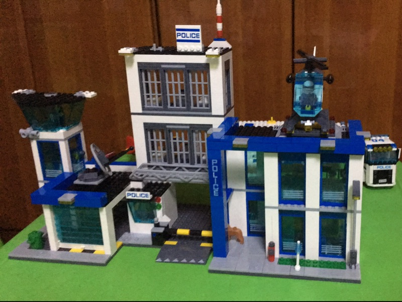 Bela 10424 City Police Station building bricks blocks Toys for children boys Game Team Castle Compatible with Decool Lepin 60047 compatible lepin city block police dog unit 60045 building bricks bela 10419 policeman toys for children 011