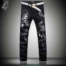 The new tide of Korean men's casual Slim small straight legged trousers are painted jeans printing character