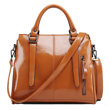 Fashion Brand Oil Wax Leather Women Handbag Retro Casual Women Single Shoulder Bag Composite Leather Large Capacity Tote