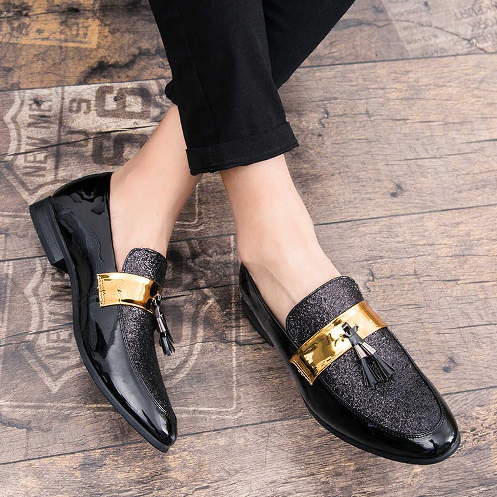 QFFAZ Italiaanse mannen loafers handgemaakte kwastje loafers voor wedding party slip op zilver zwart rood bottom mens loafers glitter