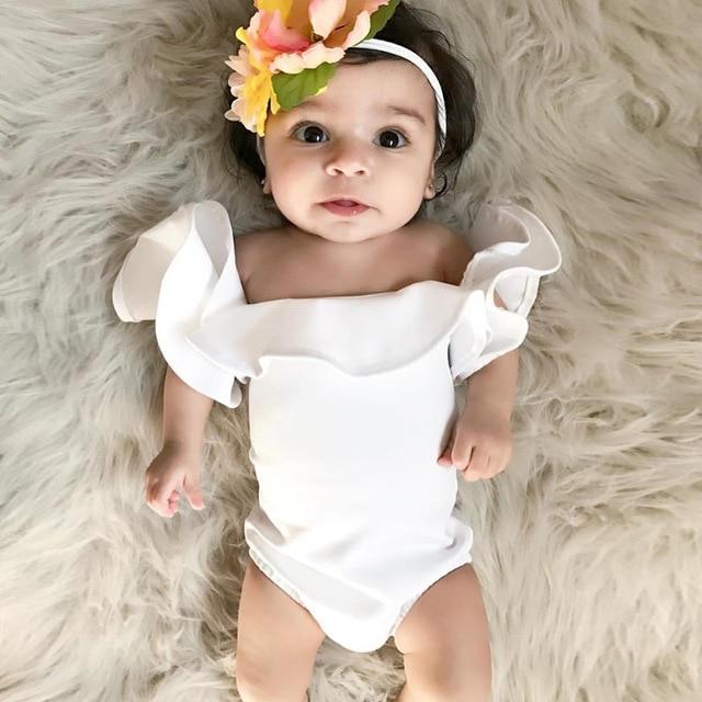 Bebê recém-nascido Roupas de Menina Fora Do Ombro Branco Bodysuit Infantil Meninas Puff Luva Macacão Bebê Menina Macacão Roupa De Aniversário