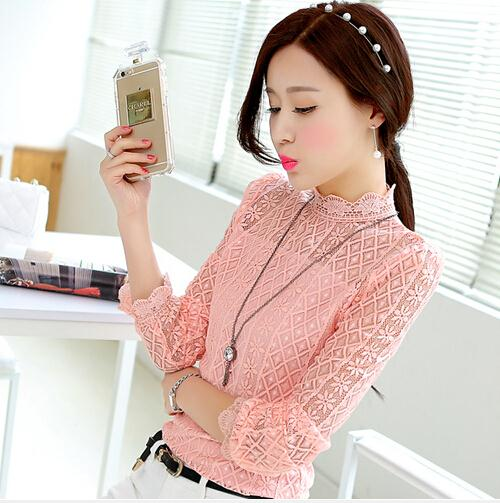 452db15492ce € 12.68  2015 otoño nueva moda blanco negro rosa de encaje blusa tops,  mujeres cuello alto manga larga de encaje de manga farol blusa camisas en  ...