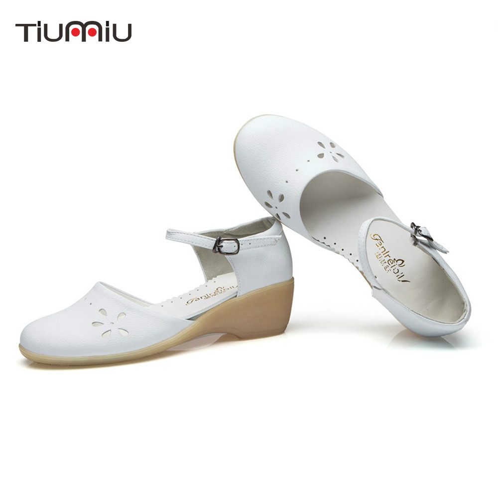2018 New Nurse shoes Medical Shoes Sandals White beauty Slope Women Summer Female Hospital Doctor Work Wear Medical Accessories