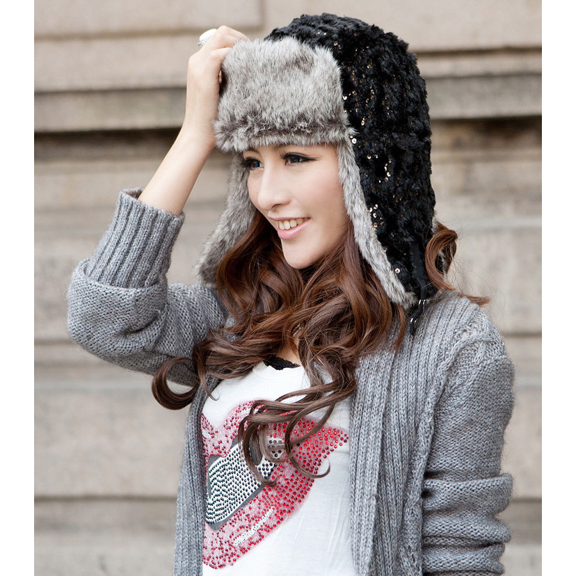 a9748ceb053 Detail Feedback Questions about Korean Version Thicken Women Winter Hat  With Sequins Thicken Lei Feng Cap Bomber Hat Autumn Winter Earflap Hat on  ...