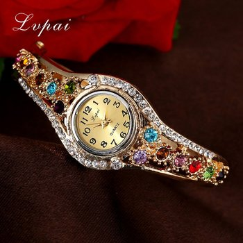 4d059a5b844d Lvpai marca de lujo reloj de oro de la moda flor reloj de mujer Casual de cuarzo  reloj de pulsera de cristal vestido Vintage relojes nuevo