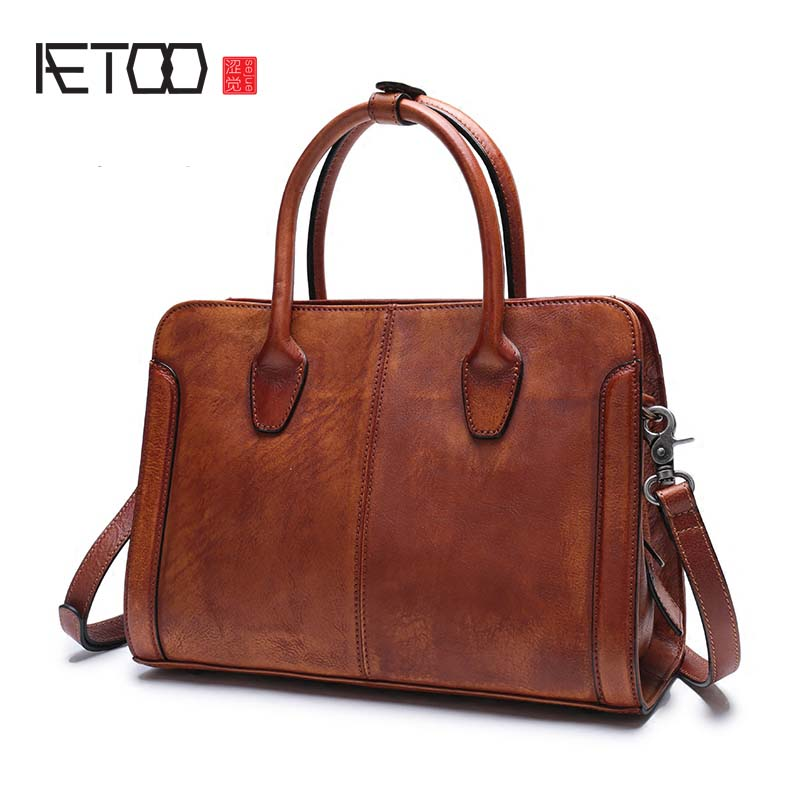 AETOO 2018 new original leather retro wild handbag men and women leather briefcase large-capacity shoulder diagonal package aetoo oil wax leather leather europe and america retro men s 8 inch summer travel simple shoulder diagonal package