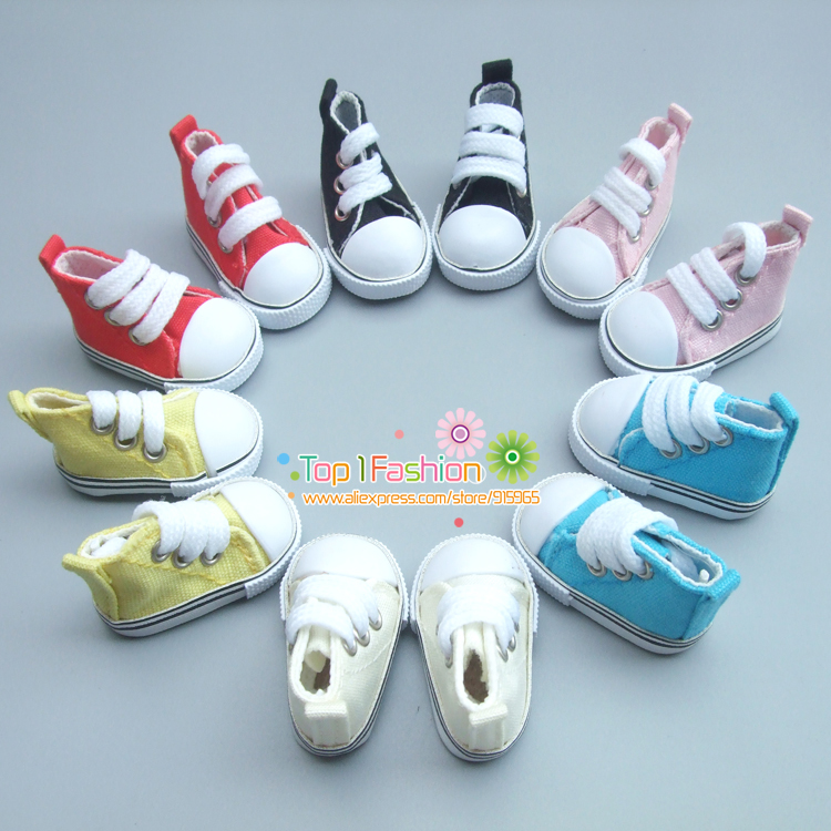 Free Shipping One pair 5 cm Canvas Shoes For BJD Doll Fashion Mini Toy Shoes Bjd Doll Shoes for Russian Doll Accessories beioufeng 3 8cm fashion doll shoes for blythe doll toy mini gym shoes sneakers for dolls bjd doll footwear sports shoes 6 pair