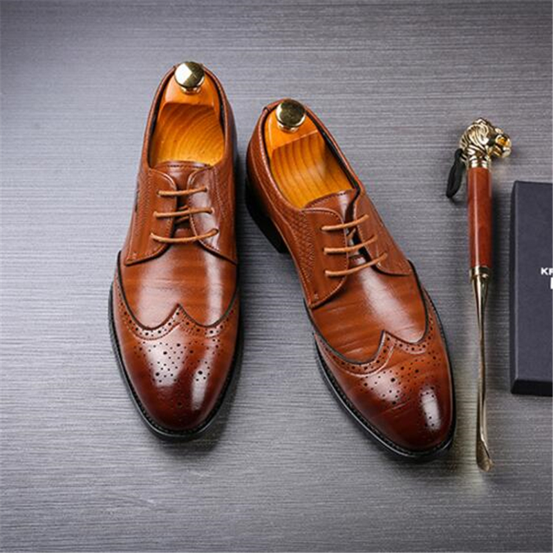 Mens Brogue Formal Pointed Toe Oxfords Leather Office Business Wedding Shoes Casual Loafers Men Shoe Plus Size 37 48