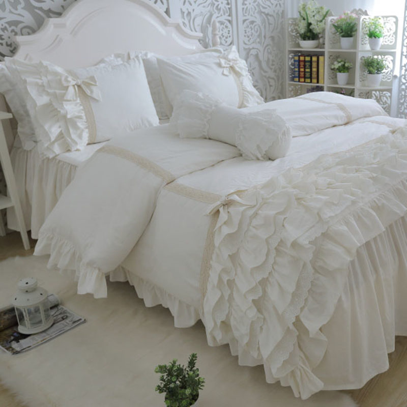 Amazing luxury bedding set cake layers embroidery ruffle lace duvet cover bed sheet bedspread princess bed linen bow pillowcase-in Bedding Sets from Home & Garden    1