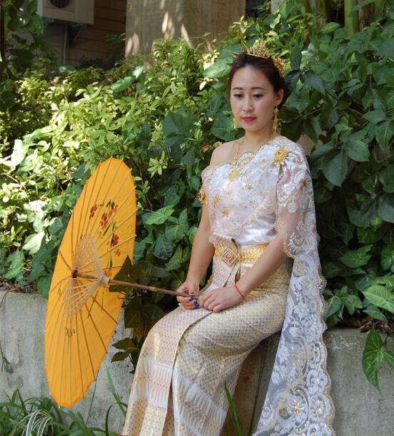 Chinese minority clothing Dai princess Thailand wedding dress Dai bride White Sleeveless single shoulder Shawl wedding Outfit in Asia Pacific Islands Clothing from Novelty Special Use