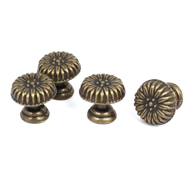 17*15MM Antique Bronze Flower Carved Small Cabinet Knobs Vintage Furniture  Knobs Handle Jewelry Box