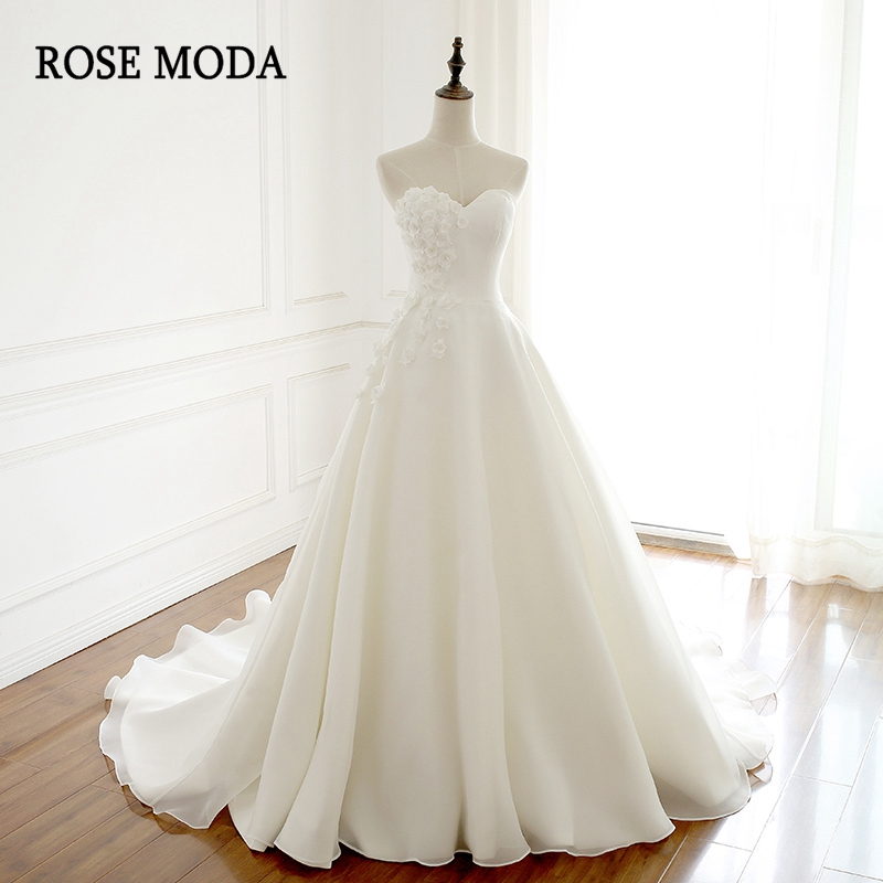 Rose Moda Chic Strapless A Line Wedding Dress with 3D Flowers Princess Wedding Dresses 2019 with