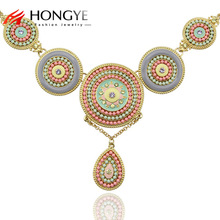цены на Free Shipping Min Order $10 (Mix Order) New Arrival Women Romantic Gold Plated Round Resin Pendant Necklace Jewelry  в интернет-магазинах