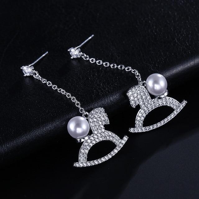 UILZ Neue SILVER Gold Farbe Feder Quaste Drop Ohrringe Mode Perle Ohrringe Frauen Koreanischen Stil Beliebte UE2199 1
