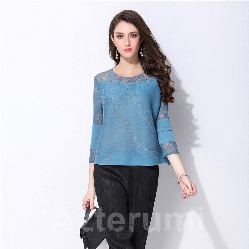 Azterumi plis spéciaux été 2019 dentelle couture T Shirt femmes grande taille lâche diamant court bleu gris hauts t shirts vêtements-in T-shirts from Mode Femme et Accessoires    3