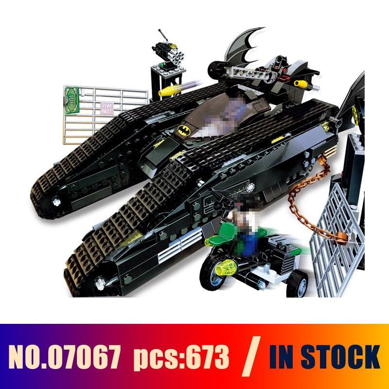 Models Building Toy super heroes The Bat Tank Figure 673pcs 07067 Building Blocks Compatible Lego batman Toys & Hobbies