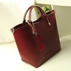 Image 3 - 新しい女性メッセンジャーバッグの女性の革ハンドバッグデザイナーブランドレディーショルダーバッグ高品質 FC40 25