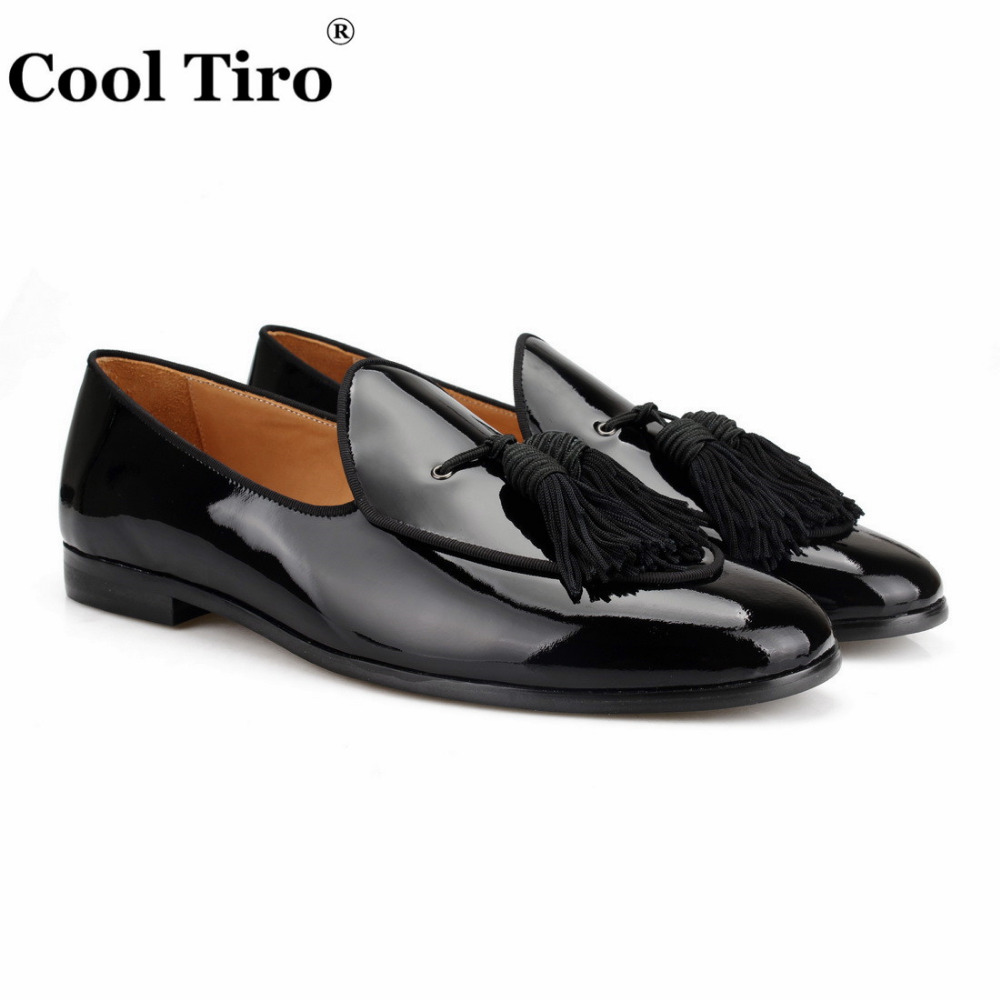 COOL TIRO Black patent leather men shoes New Tassel stitching breathable comfortable loafers luxury men's flats casual shoes
