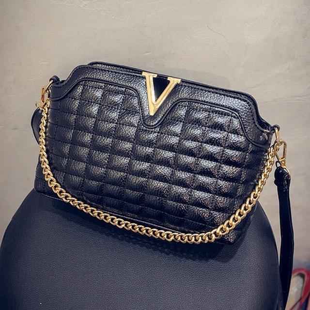 Fashion V Women Small Messenger Bags Chain Plaid Shoulder Bags Shell Gold  Silver Black Crossbody Bags 24c06badc30a6