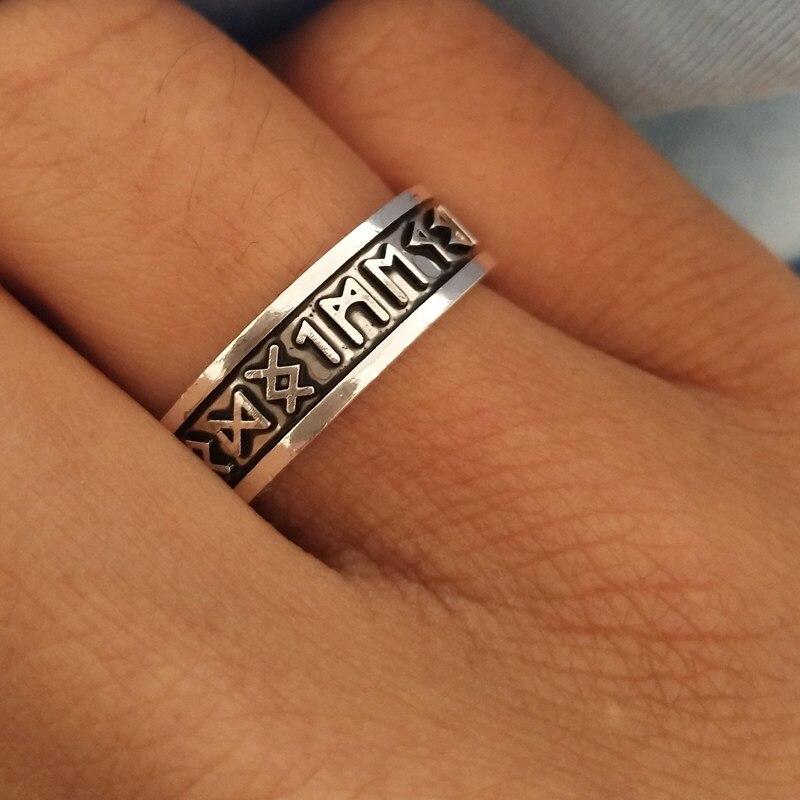 SUTEYI 1 pièces Viking hommes anneaux personnalisé Rune lettre chevalière Bague de mariage nordique Vintage Bague hommes bijoux accessoires femmes cadeau