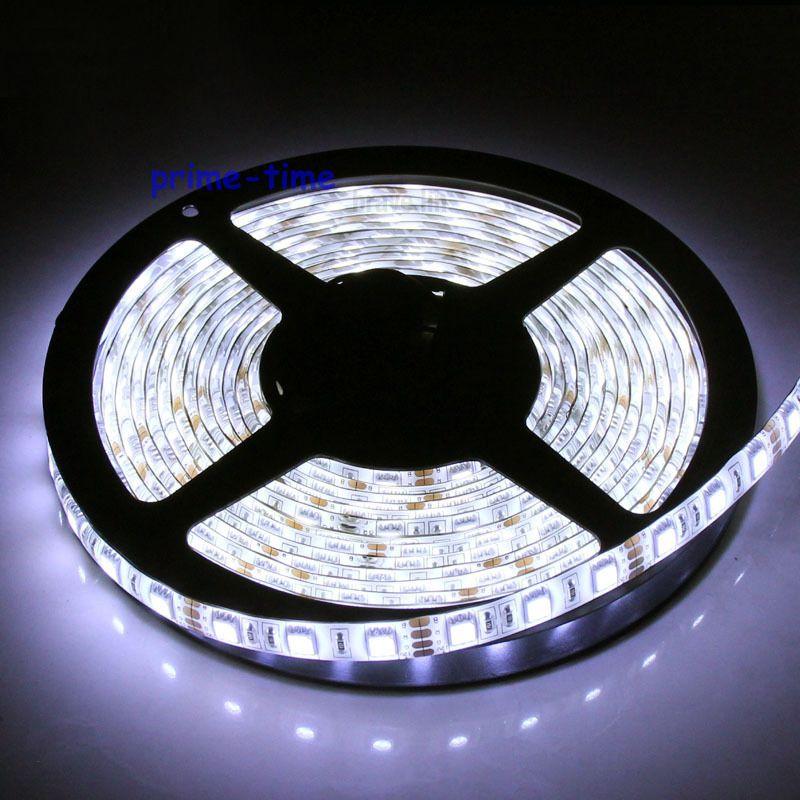 5m 5050 SMD 300 Leds IP65 Vízálló LED-szalag, 12V-os, rugalmas, 60-as / m-es LED-es szalag, fehér / meleg fehér / kék / zöld / piros / sárga / RGB szín
