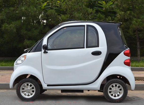 Four Wheel Car Electric Household Vehicles New Fashion Small With Heaters And Fans