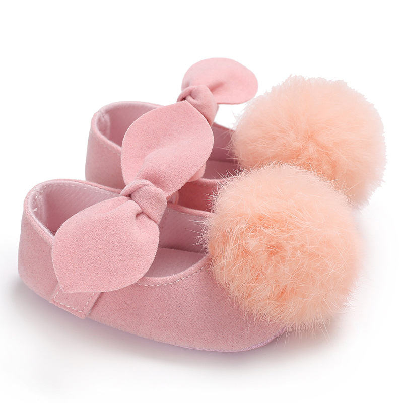 2018 Fashion Toddler Baby Girl Shoes Soft Fur Ball Cute Crib Pram Shoes Pompom First Walkers Bowknot for 0-18M Prewalkers