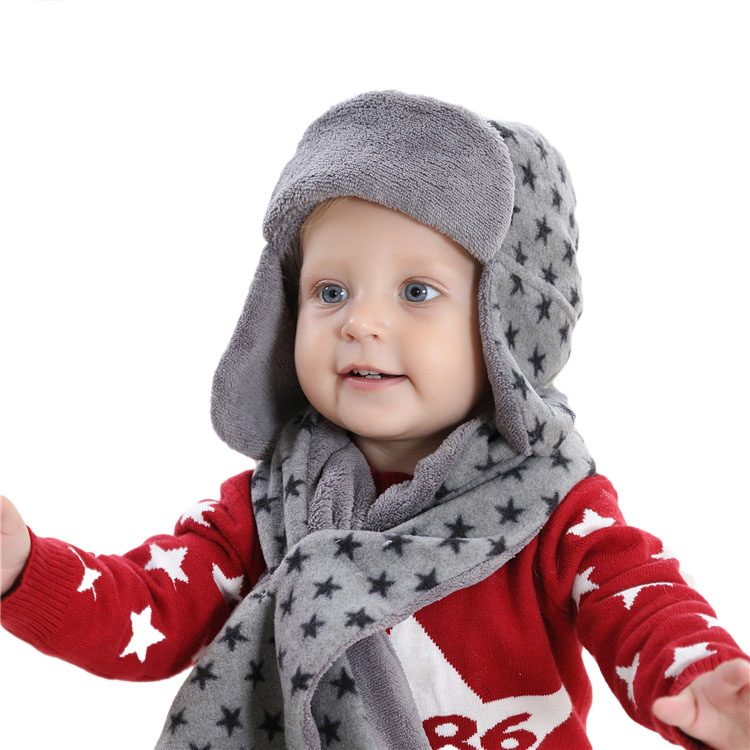 купить 3 Pcs Warm Winter Baby Earflap Hat Scarf Mitten Set Warm Fleece Children Boys Beanie Cap Toddler Kids Aviator Cap по цене 656.86 рублей