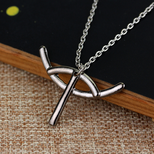 feimeng jewelry How to Train Your Dragon Necklace Small Hiccup King Logo Pendant Necklace For Women Fashion Accessory