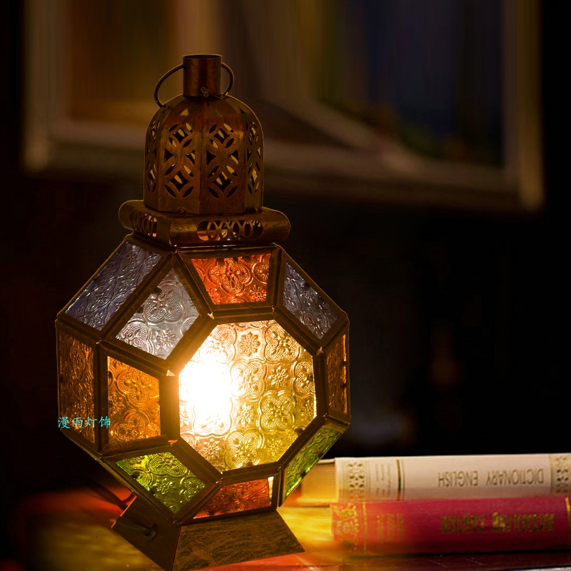 Sud-est réminiscé vintage rouge cuivre fer lampes de bureau bohême chambre chevet rétro multicolore verre E14 LED ampoule lampe de table