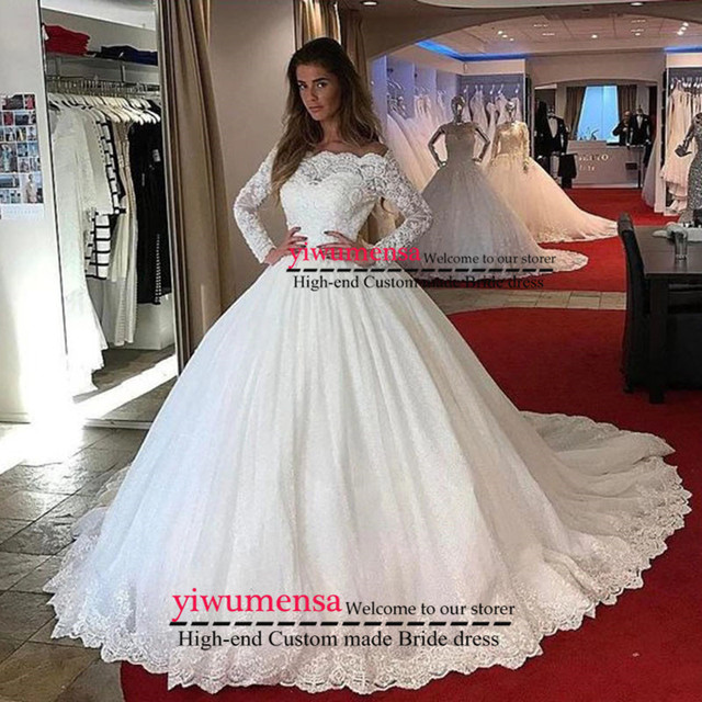 Gorgeous Lace Wedding Dresses Dubai African Arabic Long Sleeves Custom Made Cheap Bridal Gowns with Buttons Wedding Dress 2019