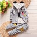2016 зима детская одежда набор детей Мультфильм Микки Маус Футболка толстовка с капюшоном пальто + брюки 3 шт. костюм baby boy хлопок набор 1-4лет