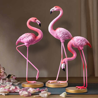 1pc Pink Flamingo Desktop Figurine European Resin Flamingo Sculpture Statue Lovely Home Decoration Craft Gift